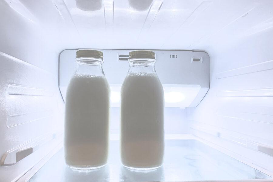 Γάλα στο ψυγείο