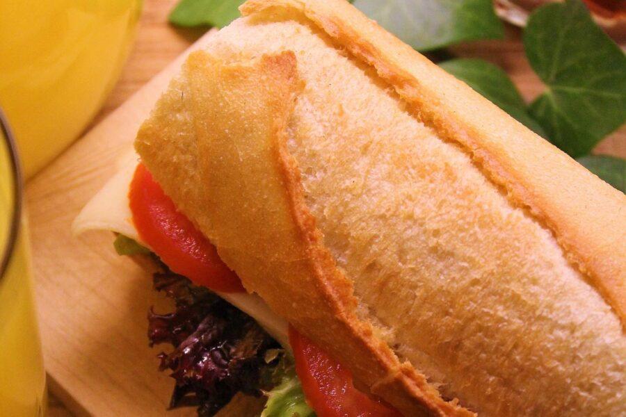 Sandwich με μπαγκέτα
