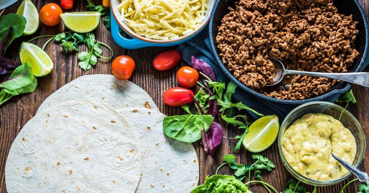 Γέμιση για μπουρίτο με κιμά και τριμμένα τυριά
